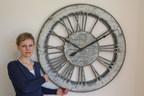 Peak Art's Wall Clock Raises an Amazing £900 at St Luke's Hospice Enchanted Winter Ball