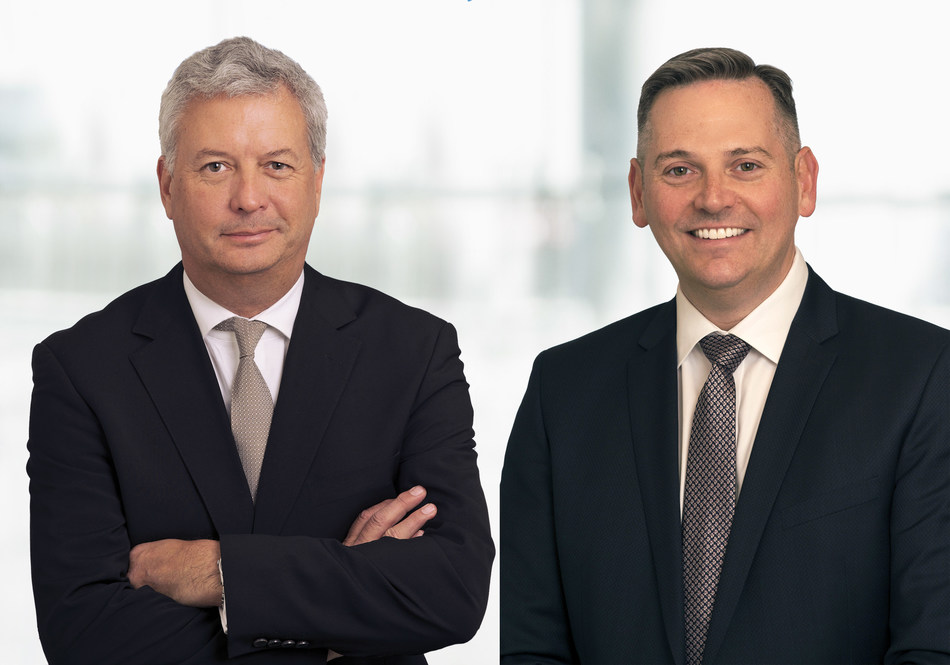Michael Rousseau, Deputy Chief Executive Officer and Chief Financial Officer (left) and Craig Landry, Executive Vice President, Operations (right) at Air Canada. (CNW Group/Air Canada)