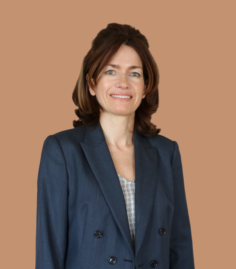 Dr. Luisa M. Sastre, MD, PhD, Specialist Ophthalmologist in Medical Retina, Moorfields Eye Hospital Dubai (PRNewsfoto/Moorfields Eye Hospital Dubai)