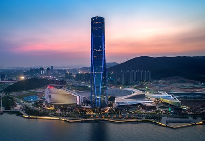 Night view of Zhuhai International Convention and Exhibition Center