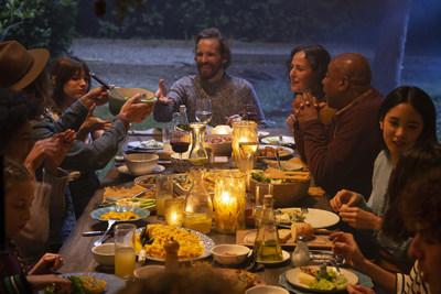 Pour 2019, le Choix du Président encourage les Québécois à prendre la résolution de s'engager à manger ensemble. Avec le mouvement Manger ensemblePC, la marque poursuit sa mission visant à inspirer les gens à revenir autour de la table. (Groupe CNW/Les Compagnies Loblaw limitée)