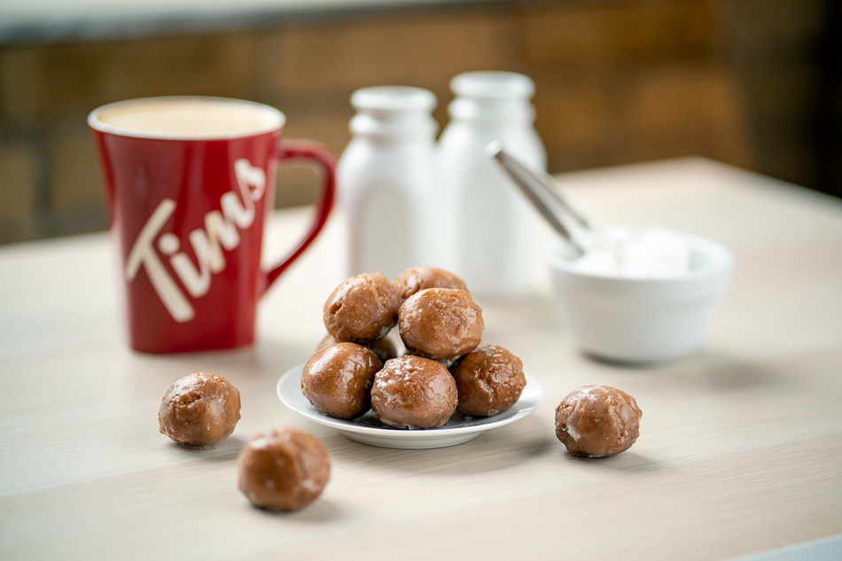 Tim Hortons Celebrates Canadians' Love for the Classic Double Double Coffee in a delicious way (CNW Group/Tim Hortons)