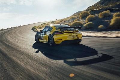 718 Cayman GT4 Clubsport rear (CNW Group/Porsche Cars Canada)