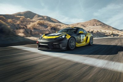718 Cayman GT4 Clubsport front (CNW Group/Porsche Cars Canada)