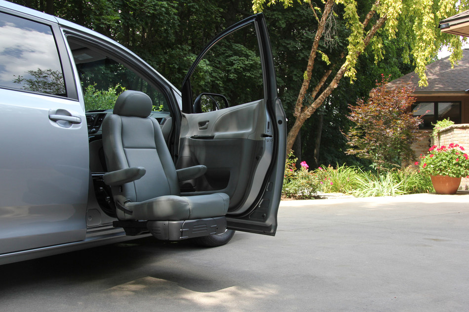 BraunAbility Launches The Turny® Evo Rotating Seat To Give More Independence To People With Mobility Challenges