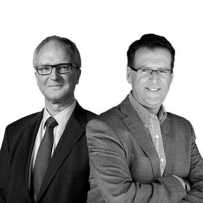 Ted Verkade, le directeur général de Baker Tilly International et Grant Galbraith, le président de la Coopérative Baker Tilly Canada. (Groupe CNW/Collins Barrow National Cooperative Incorporated)