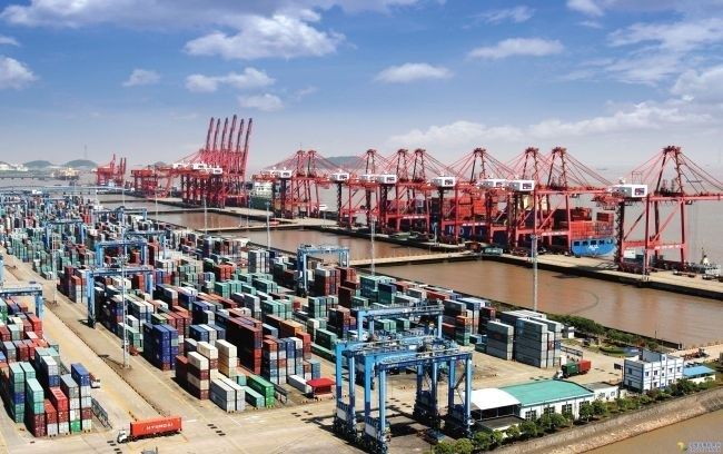 The Port of Ningbo-Zhoushan holds the crown for being the first port to handle 1 billion tonnes in cargo throughput in a calendar year.