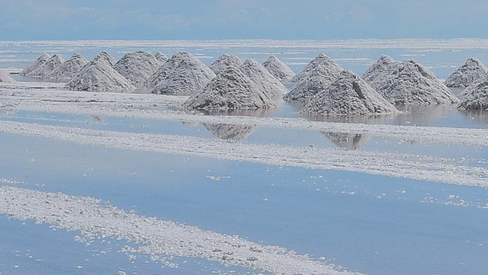 Australia lithium supply surges as miners target EV demand
