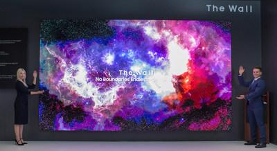 Samsung présente de nouvelles tailles, formes et configurations d'écrans Micro LED qui repoussent les limites des écrans de téléviseurs traditionnels à l'occasion de l'événement First Look (Groupe CNW/Samsung Electronics Canada)