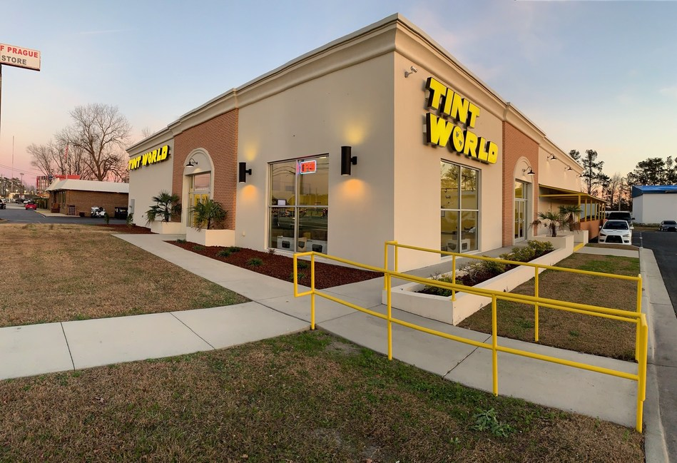 "Owned and operated by local entrepreneur David ""Kit"" Pelletier, a native of Eastern North Carolina, the new Tint World® location will provide a full range of automotive styling and safety services for Jacksonville, North Carolina residents."