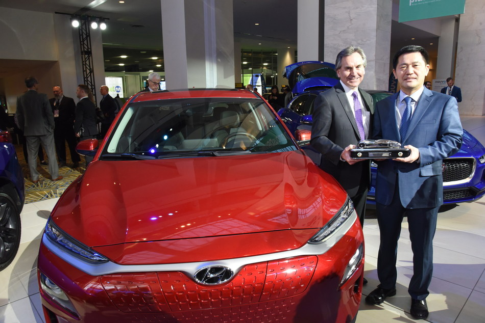 William Lee (right), president & CEO, Hyundai North America and Brian Smith (left), chief operating officer, Hyundai Motor America, celebrate after the 2019 Hyundai Kona and Kona Electric CUV models win the 2019 North American Utility Vehicle of the Year™ awarded by the North American Car, Utility and Truck of the Year automotive media jury. This is the first time that a Hyundai CUV model has won the Utility Vehicle of the Year category. The winner of the CUV category is announced every year at the North American International Auto Show in Detroit.