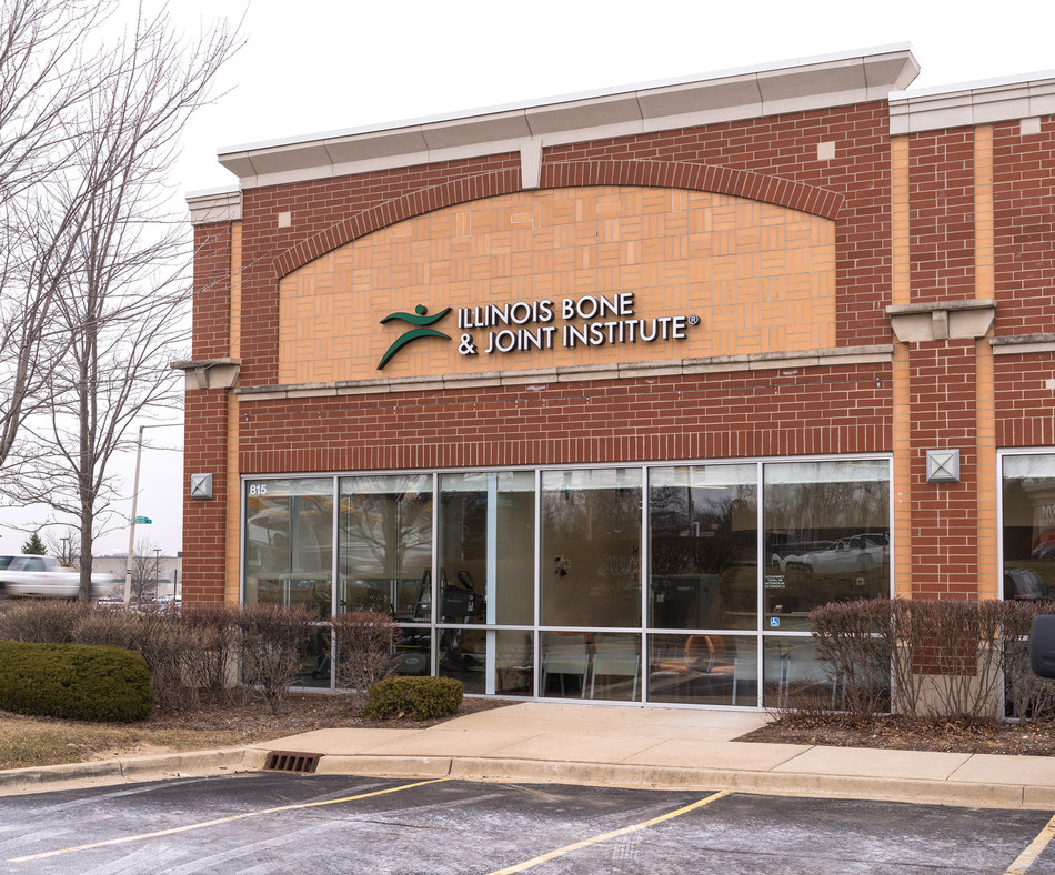 Illinois Bone & Joint Institute's New Crystal Lake Physician Office and Physical Therapy Clinic