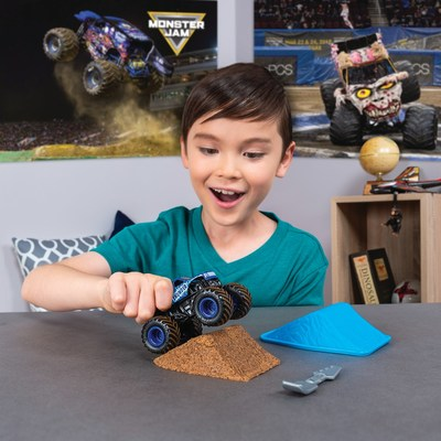 Life-like Monster Dirt mimics real Monster Jam track conditions (CNW Group/Spin Master)