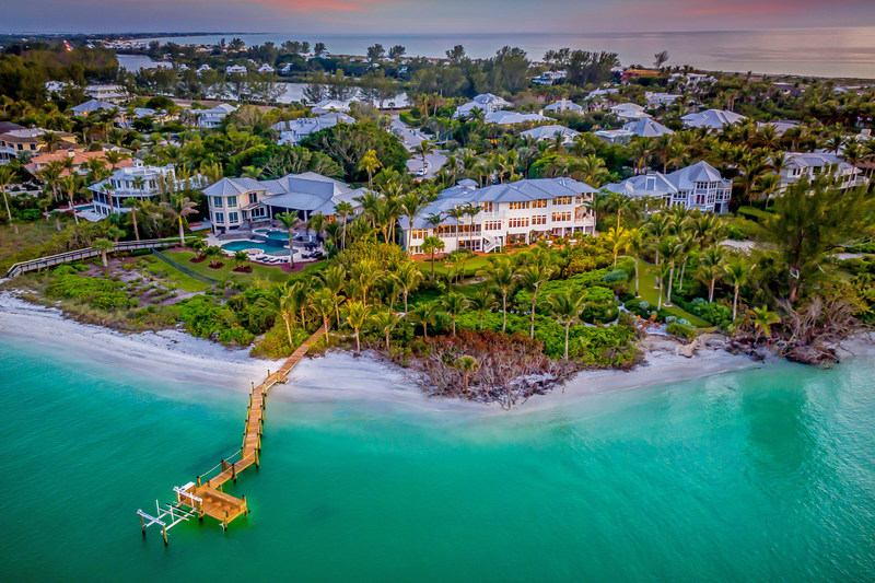 This waterfront estate in Boca Grande, FL was also sold as the result of a live auction held at the Four Seasons Hotel in Chicago, IL on Jan 10th. The auction price ranks #1 all-time in Charlotte County, FL, and is also the highest sale on Gasparilla Island in 3 years, according to Platinum Luxury Auctions and listing agent Carol Stewart of Michael Saunders & Company. More at PlatinumLuxuryAuctions.com.