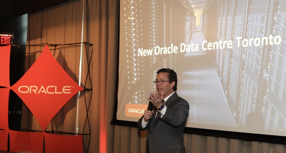 Rich Geraffo, Executive Vice President, North American Technology Division at Oracle speaks to customers at a launch event in Toronto (PRNewsfoto/Oracle)