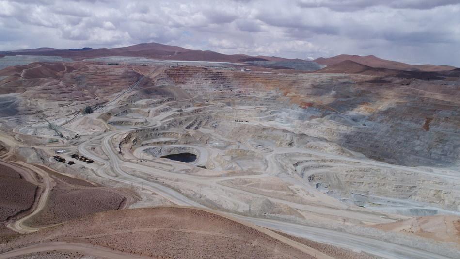Vista aérea de las operaciones de la mina Quebrada Blanca. (PRNewsfoto/Bechtel)