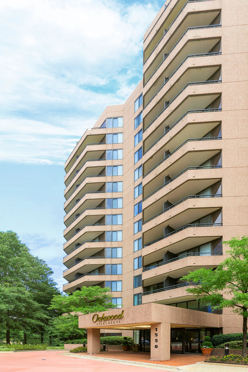 Oakwood Strengthens Serviced Apartment Footprint in Northern Virginia