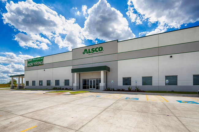Alsco announces grand opening of its new Kyle, Texas mixed laundry plant.
