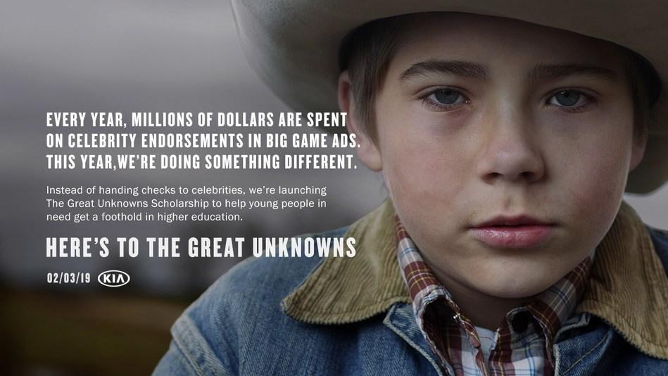 """Kia Motors comparte campaña publicitaria del Super Bowl con el lanzamiento de """"The Great Unknowns Scholarship"""" (La beca de los grandes desconocidos) (PRNewsfoto/Kia Motors America)"""