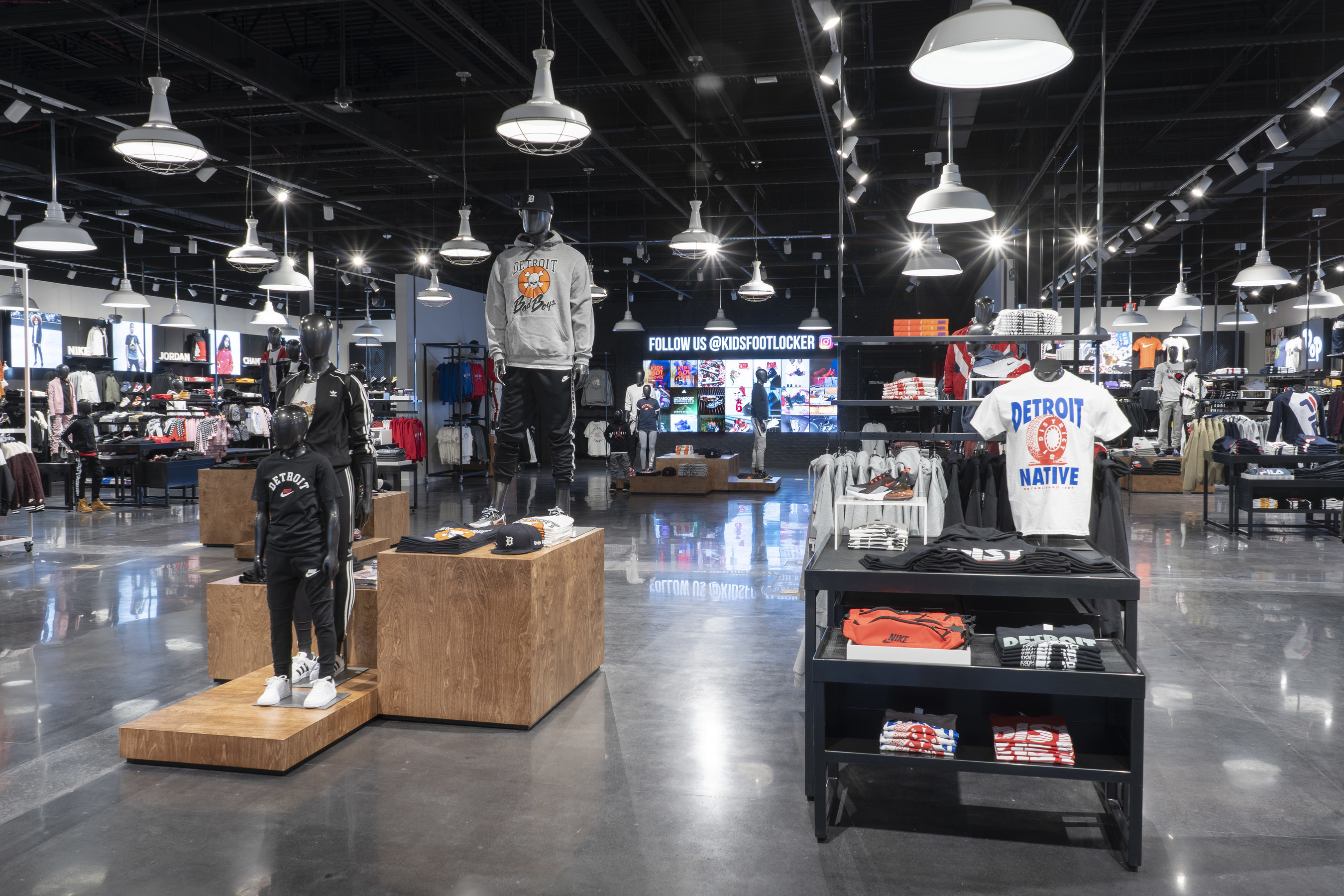 Foot Locker Introduces \'Power Store\' Model in North America with New ...