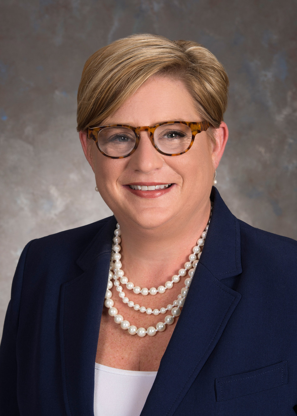 Awarded Argentum's 2017 Executive Director of the Year, Kristen Dalrick has joined Watercrest Senior Living Group as Executive Director of Market Street Memory Care Residence in Tampa, Fla.