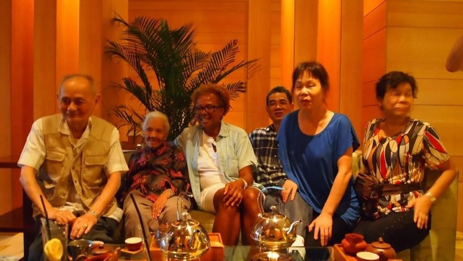 Former NBC Senior Vice President Paula Williams Madison reunites with her 94-year-old aunt in China