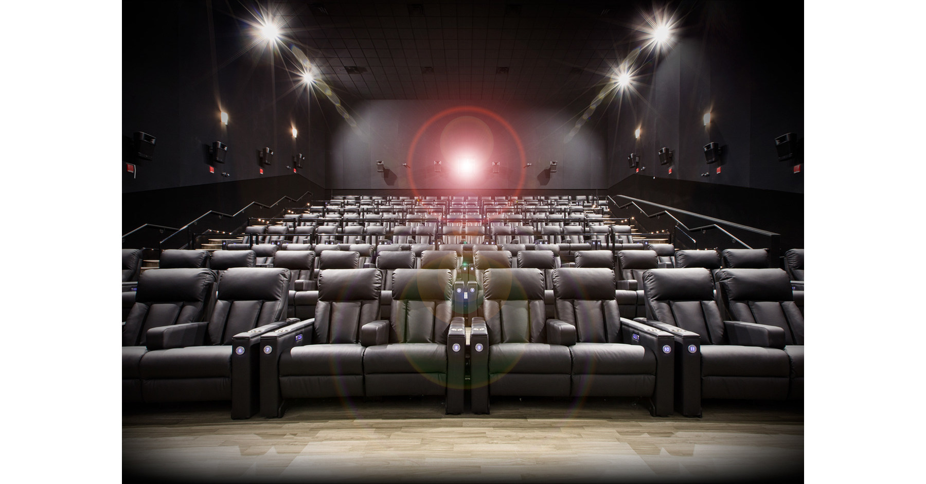 landmark cinemas to introduce recliner seating and canada. Black Bedroom Furniture Sets. Home Design Ideas