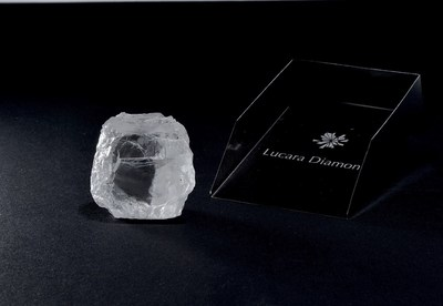 The 240 carat diamond recovered from the Karowe mine (CNW Group/Lucara Diamond Corp.)