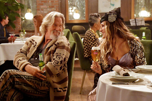"""The Dude and Carrie Bradshaw are changing up their usual drinks – a White Russian and Cosmopolitan – to join Stella Artois and Water.org in their new """"Pour it Forward®"""" campaign to help end the global water crisis."""