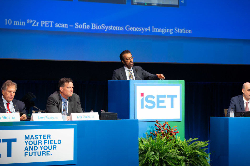 Sanjay Misra, MD, FAHA, FSIR, Mayo Clinic, Rochester, Minnesota, discusses the data surrounding the First in Human Stem Cell Trial for Hemodialysis AVF during the 31st Annual International Symposium on Endovascular Therapy (ISET). Photo courtesy of Pierce Harman Photography.