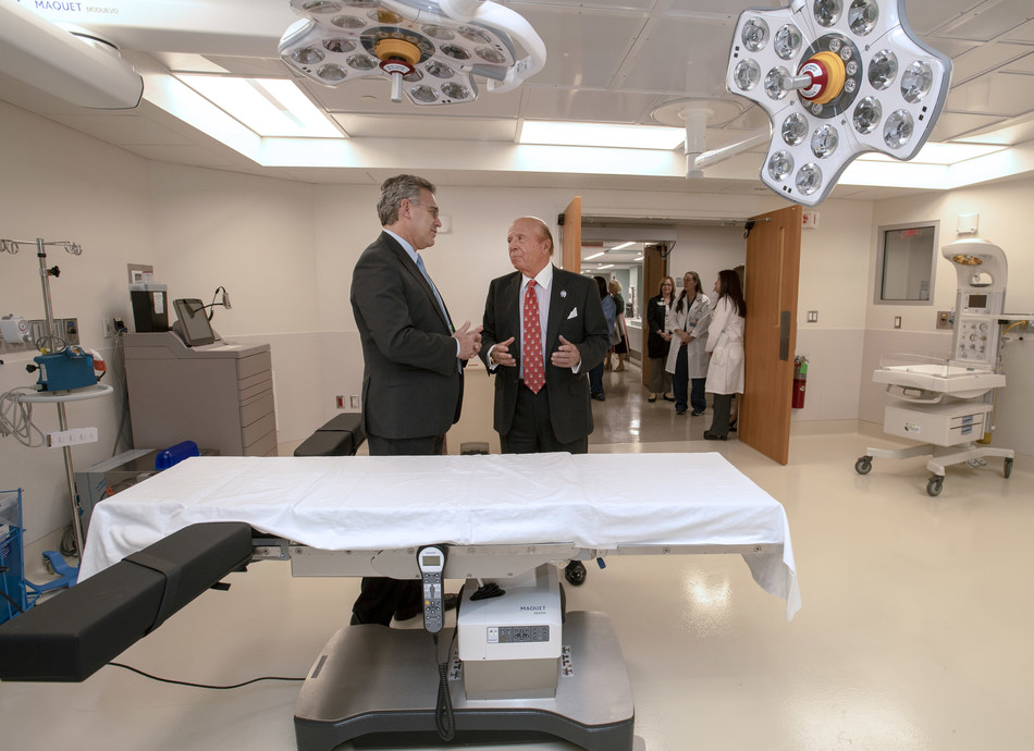 Northwell Health donor Saul Katz, right, gets a tour of the Katz Women's Hospital's new operating room at North Shore University Hospital from Dr. Michael Nimaroff, the health system's senior vice president and executive director of obstetrics and gynecology.