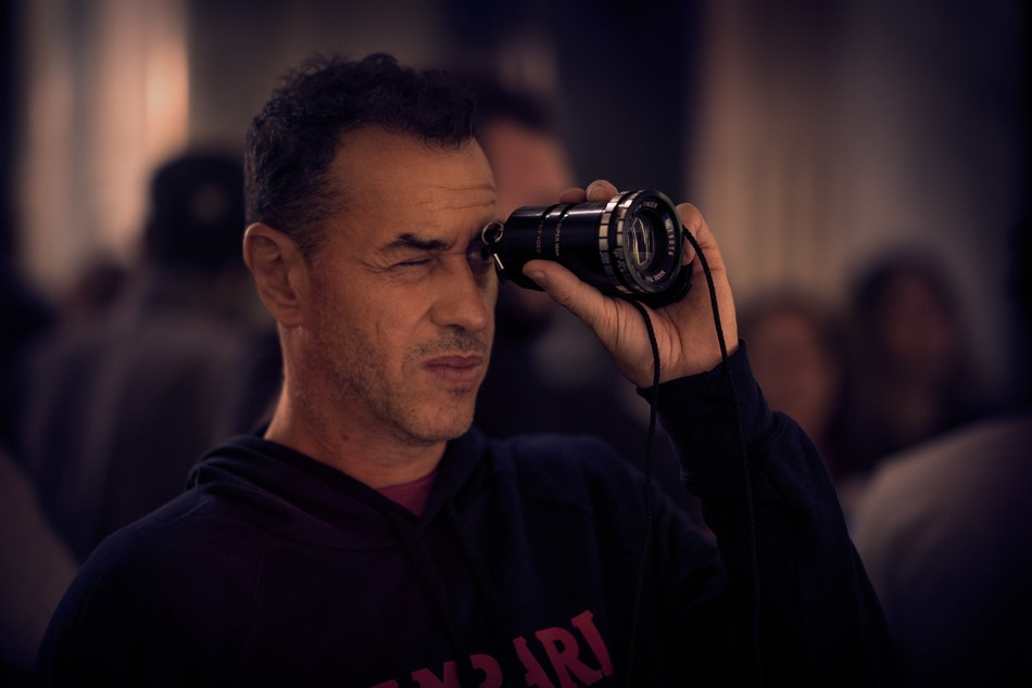 Matteo Garrone on the set of Entering Red, filmed for Campari as part of the 2019 Red Diaries campaign, staring Ana De Armas (PRNewsfoto/Campari)