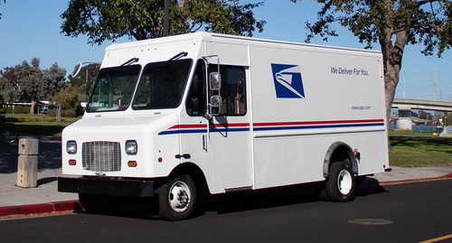 Motiv Power Systems has delivered the first of seven Ford E-450 based all-electric step vans to the United States Postal Service (USPS) to serve mail routes in Fresno, California.