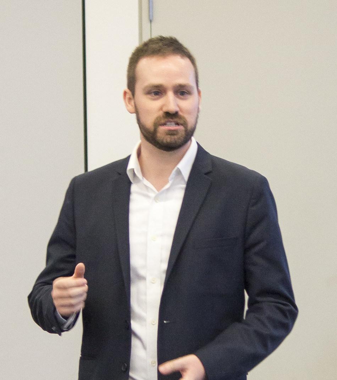 Dustin Manley, MA, ARP, CMP (Groupe CNW/Société canadienne des relations publiques)