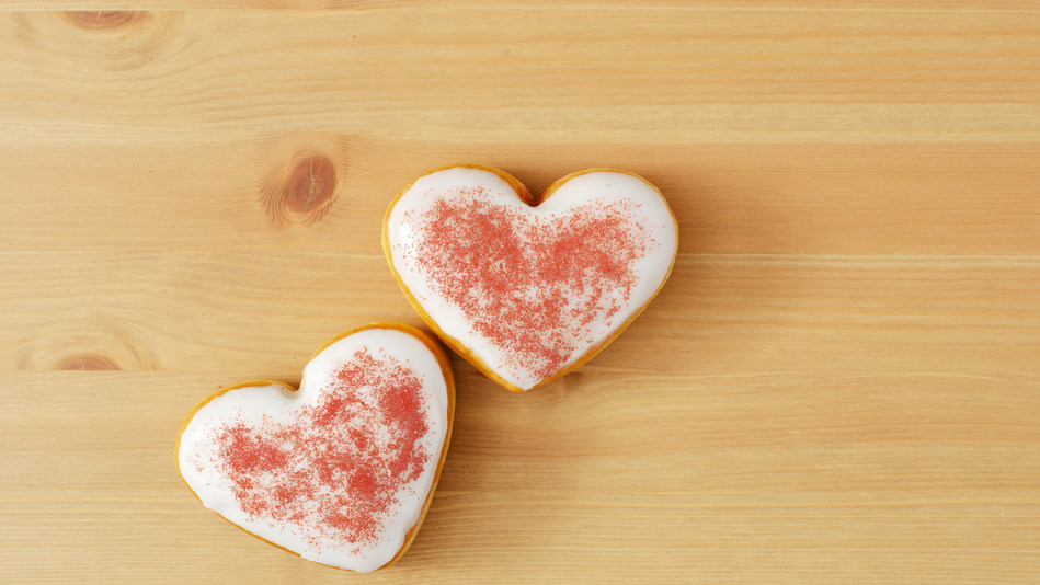 Surprise your sweetheart this Valentine's Day with a Tim Hortons® heart-shaped, Boston Cream filled Be Mine donut. (CNW Group/Tim Hortons)