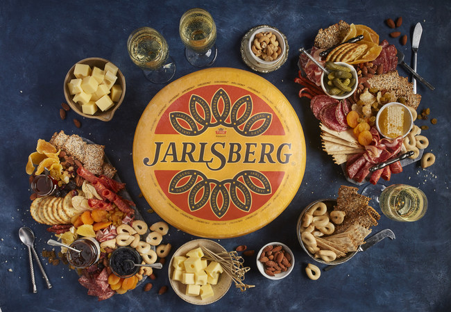 Jarlsberg® Cheese transforms meals into cherished moments. Jarlsberg's mild, mellow versatility makes it perfect for your family's signature cheeseboard, a gooey grilled cheese indulgence, an impressive fondue date night or just a laid-back weeknight mac'n'cheese dinner