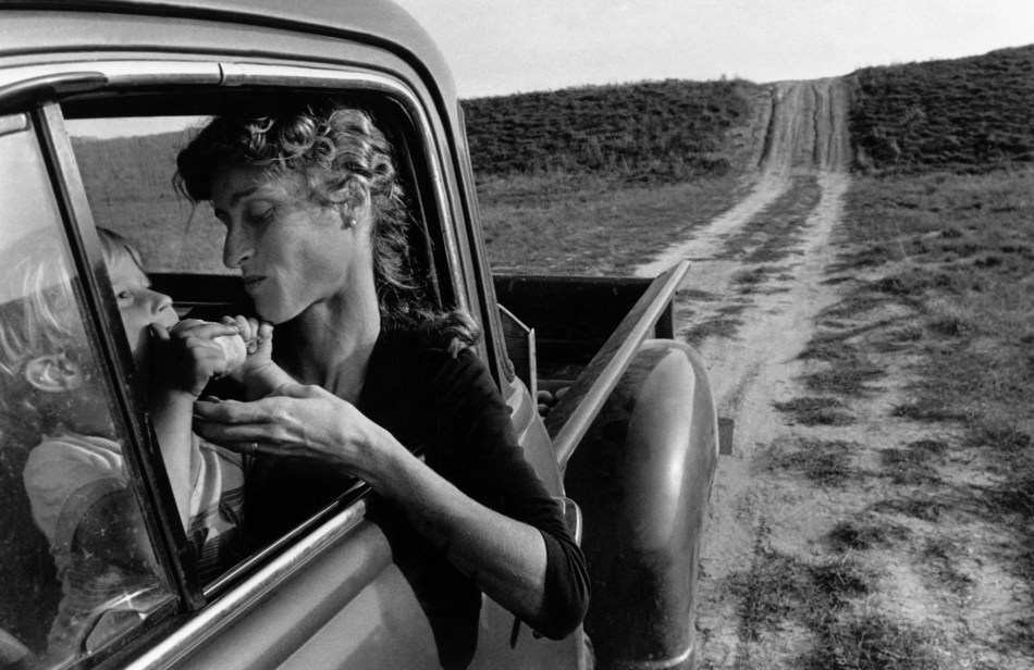 Lambton County, Ontario, 1983, by Larry Towell (Bothwell, Ontario) (CNW Group/Scotiabank)