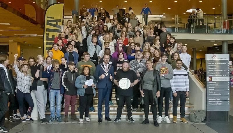 The winning schools celebrate the Ducky Climate Challenge triumph