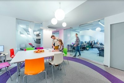 The Polcode facilities offer co-working spaces, individual workstations and provide employees with ample relaxation space