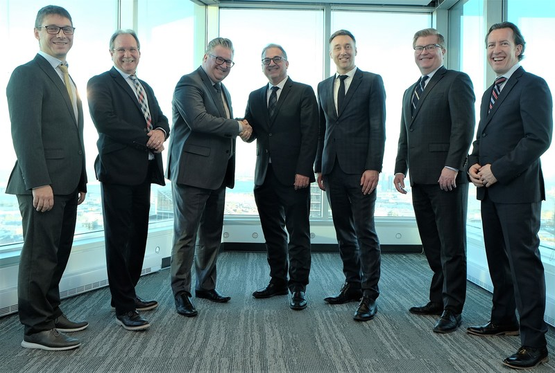 Left to right: Olivier Lafontaine, Chief Product Officer (Equisoft), Daniel Brisson, Executive Vice President, Vision & Innovation (AGEman), Nathan Carey, President (AGEman), Luis Romero, CEO (Equisoft), François Levasseur, Vice President, Canada (Equisoft), Ray Adamson, Vice President, Business Development (Equisoft) and Steeve Michaud, COO (Equisoft). (CNW Group/Equisoft)