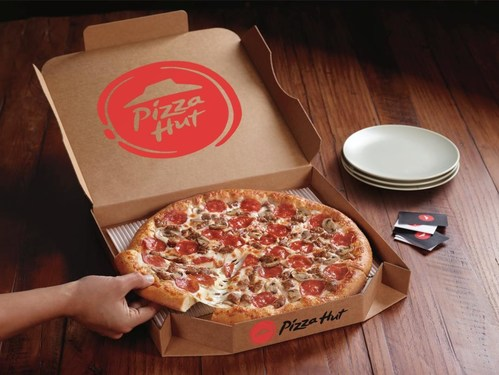 """Hot off its first Super Bowl as the Official Pizza Sponsor of the NFL and just in time for National Pizza Day, Pizza Hut is saying thank you to the fans for an incredible football season, offering ANY Large Pizza Hut pizza for just $10.99 when customers use the promo code """"THANKYOU"""" at checkout."""