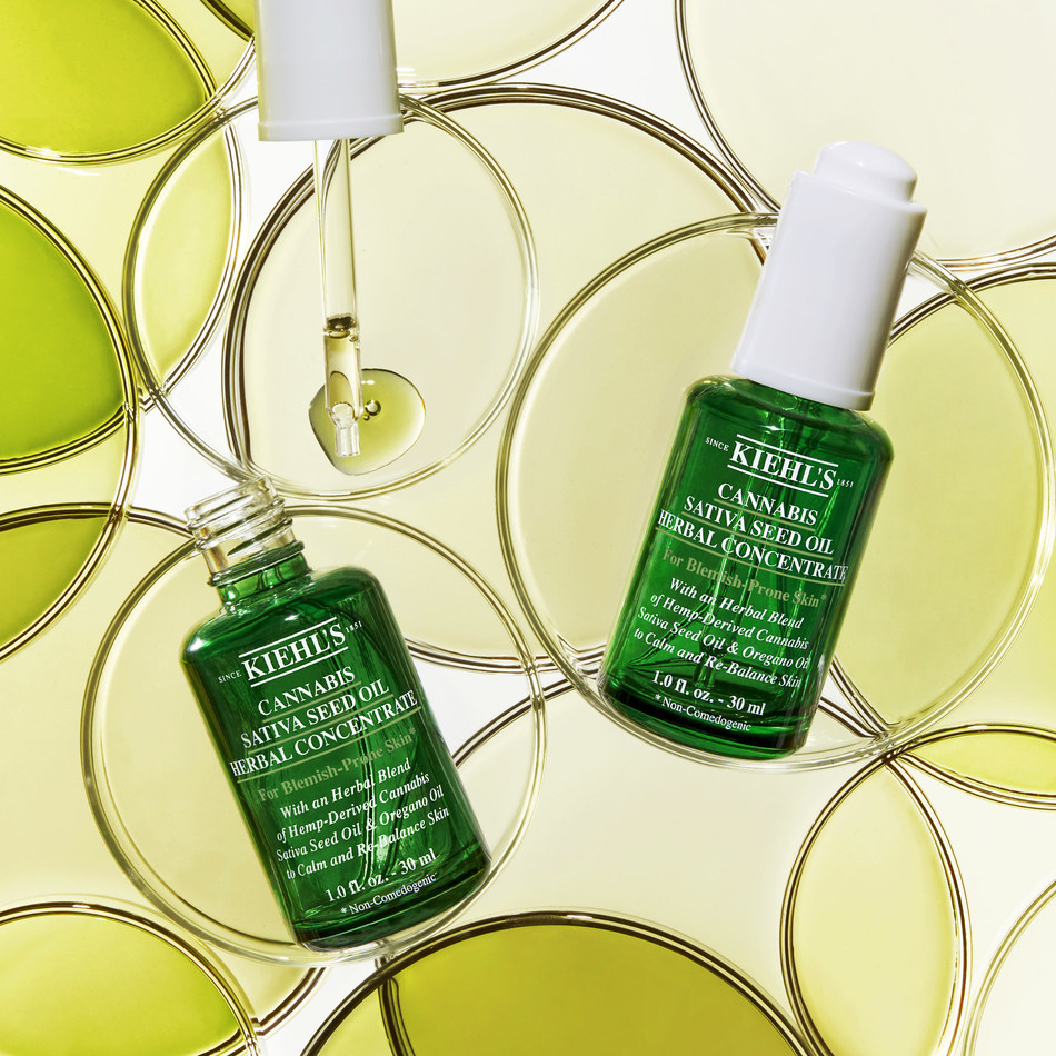 Kiehl's has introduced its new Cannabis Sativa Seed Oil Herbal Concentrate – a lightweight, calmative, non-comedogenic facial oil that helps to improve the appearance of skin prone to imperfections, such as visible redness and discomfort.