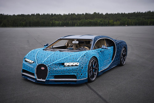 The world's first, life-size LEGO Technic Bugatti Chiron makes its North American debut at the Canadian International Auto Show February 15 – 24, 2019 in Toronto.  Canadian car fans of all ages will have the chance to get up close with this engineering masterpiece made of more than one million elements which took 13,438 hours to construct. Fans can also rev up their creativity and imagination at the LEGO I Love Cars Experience in room 715, South Building, Metro Toronto Convention Centre. For more images, videos and complete model factsheet: https://www.lego.com/themes/technic/bugatti-chiron/media (CNW Group/LEGO Canada Inc.)