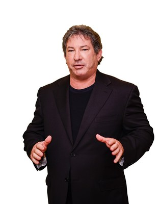 Mitch Gould, NPI founder and CEO, is a third-generation retail distribution and manufacturing professional. He has more than 30 years of experience in the retail industry, with expertise spanning several categories of consumer products in sports nutrition, dietary supplements, skincare, Nutraceuticals, cosmeceuticals and beverages.