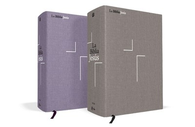 La Biblia Jesus NVI in its two formats - Cloth over board in gray and lavender colors. (PRNewsfoto/Editorial Vida)