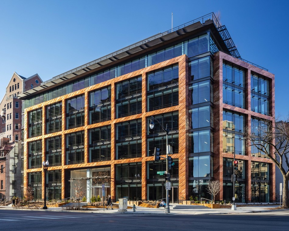 1701 Rhode Island is an architecturally striking addition to the Central Business District (PRNewsfoto/Akridge)