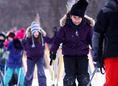 """Le nouveau parcours """"Sur la piste des Cubes énergie"""" permettra aux plus jeunes de faire leurs premiers pas de ski de fond dans un contexte ludique et décontracté. (Groupe CNW/Société des établissements de plein air du Québec)"""