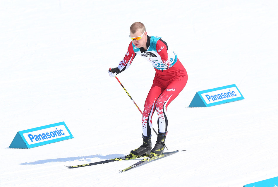 Mark Arendz, huit fois médaillé paralympique, vu ici en train de concourir aux Jeux paralympiques d'hiver de 2018 à PyeongChang, sera un des meneurs de l'équipe canadienne à Prince George. PHOTO : Comité paralympique canadien (Groupe CNW/Canadian Paralympic Committee (Sponsorships))