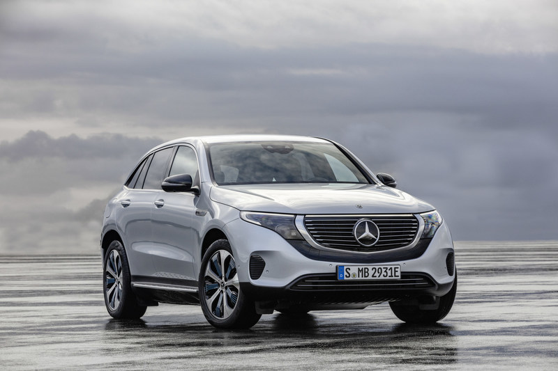 The first fully-electric vehicle from Mercedes-Benz, the EQC SUV, will make its Canadian Premiere at the Canadian International AutoShow (CIAS). The vehicle is the forerunner for the Mercedes-Benz brand for e-mobility, EQ. It will be on display at CIAS from February 15-24 at the Metro Toronto Convention Centre. (CNW Group/Mercedes-Benz Canada Inc.)