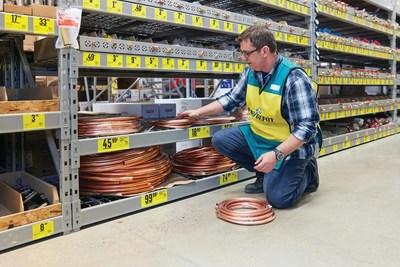 A National Hiring Day will be held on Saturday, February 23, in all Lowe's, RONA, and Reno-Depot corporate stores across the country (CNW Group/Lowe's Canada)